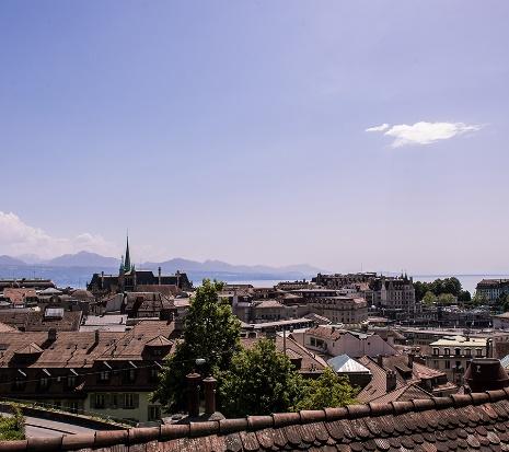 Le studio Lakeprod peut mettre à votre disposition son photographe de Lausanne.